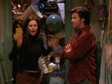 Friends 08x14 : The One With The Secret Closet- Seriesaddict